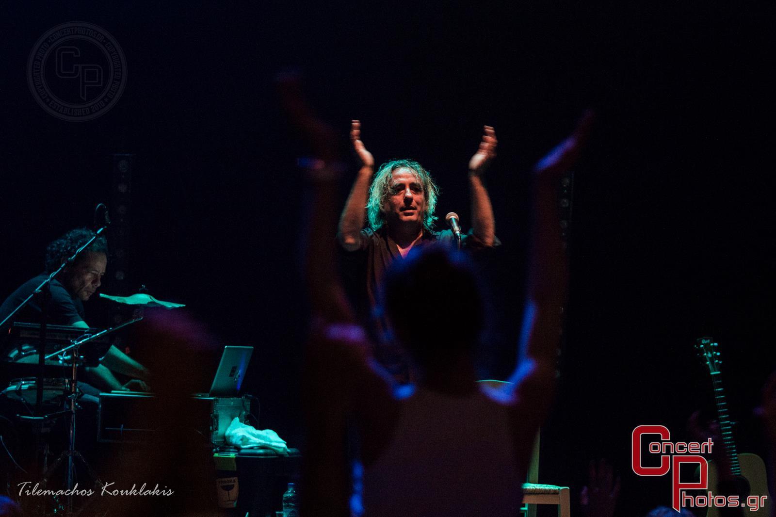 Γιάννης Αγγελάκας - Σύννεφα με Παντελόνια-Aggelakas-2 photographer:  - concertphotos_-1405153308