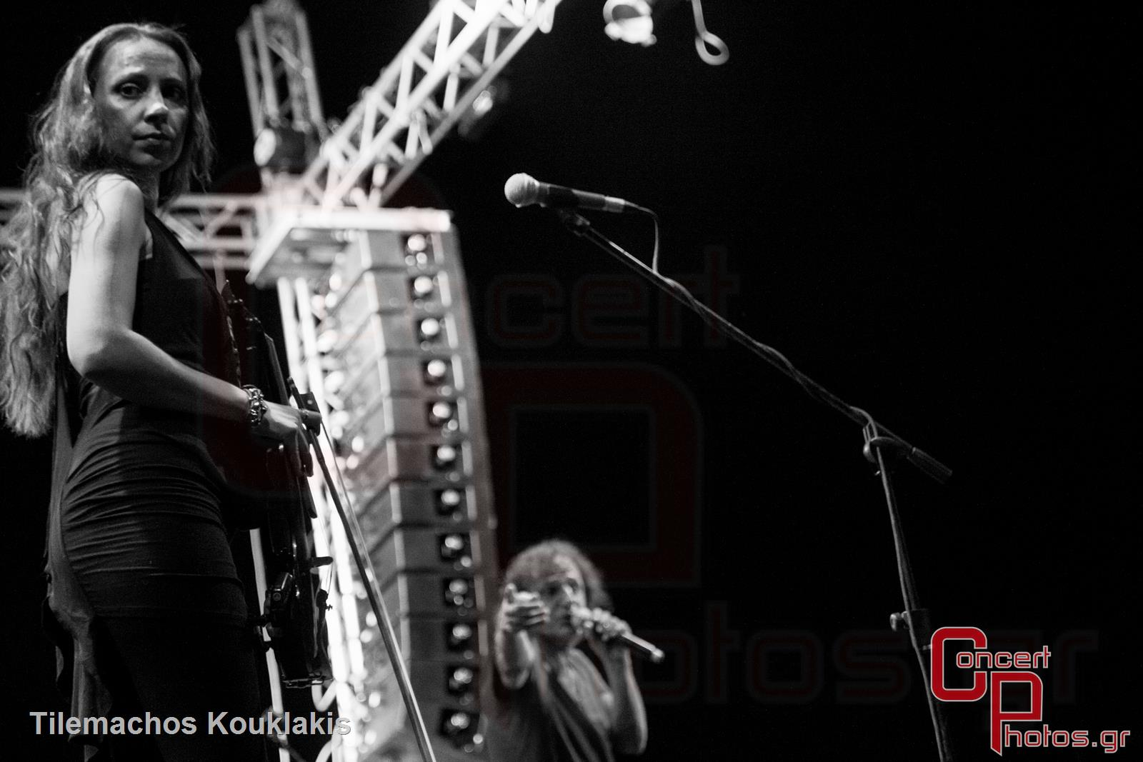 Βασίλης Παπακωνσταντίνου - 40 Χρόνια Έφηβος-Vasilis Papakonstantinou 40 Chronia Efivos photographer: Tilemachos Kouklakis - concertphotos_-5332