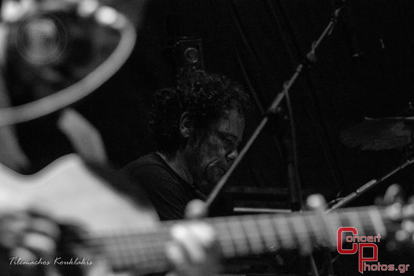Γιάννης Αγγελάκας - Σύννεφα με Παντελόνια-Aggelakas-2 photographer:  - concertphotos_-1405153051