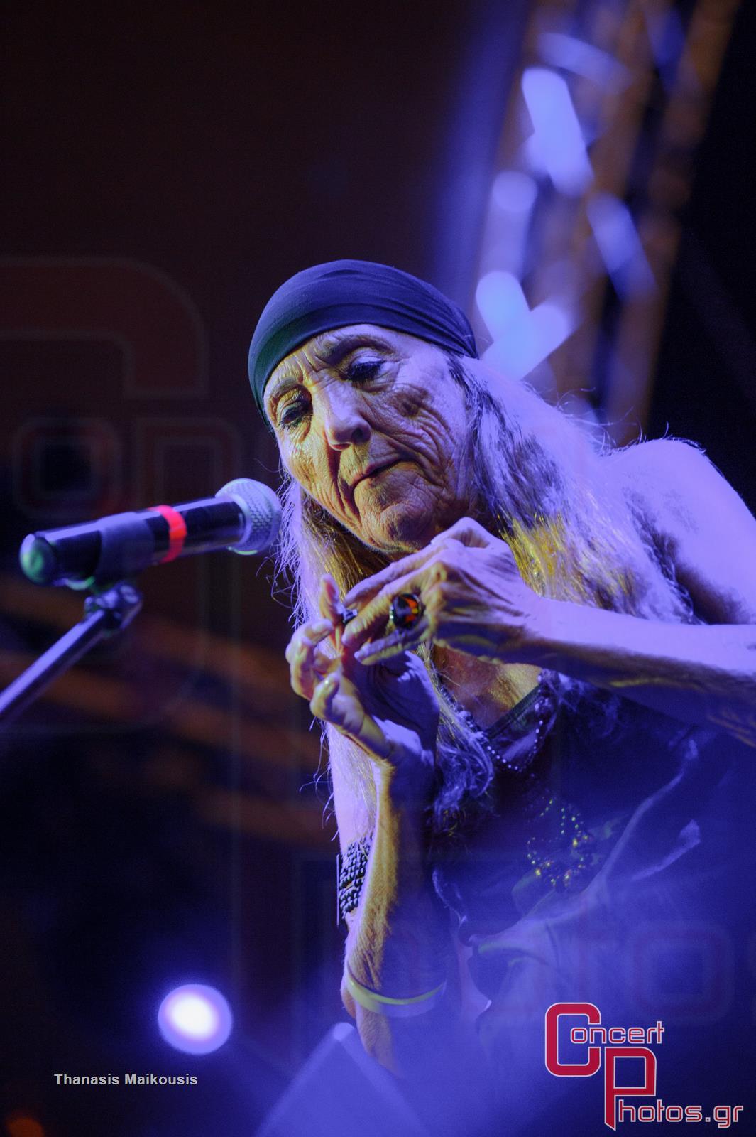 Active Member - Τραγούδα μας να φύγει το σκοτάδι- photographer: Thanasis Maikousis - concertphotos_-5925