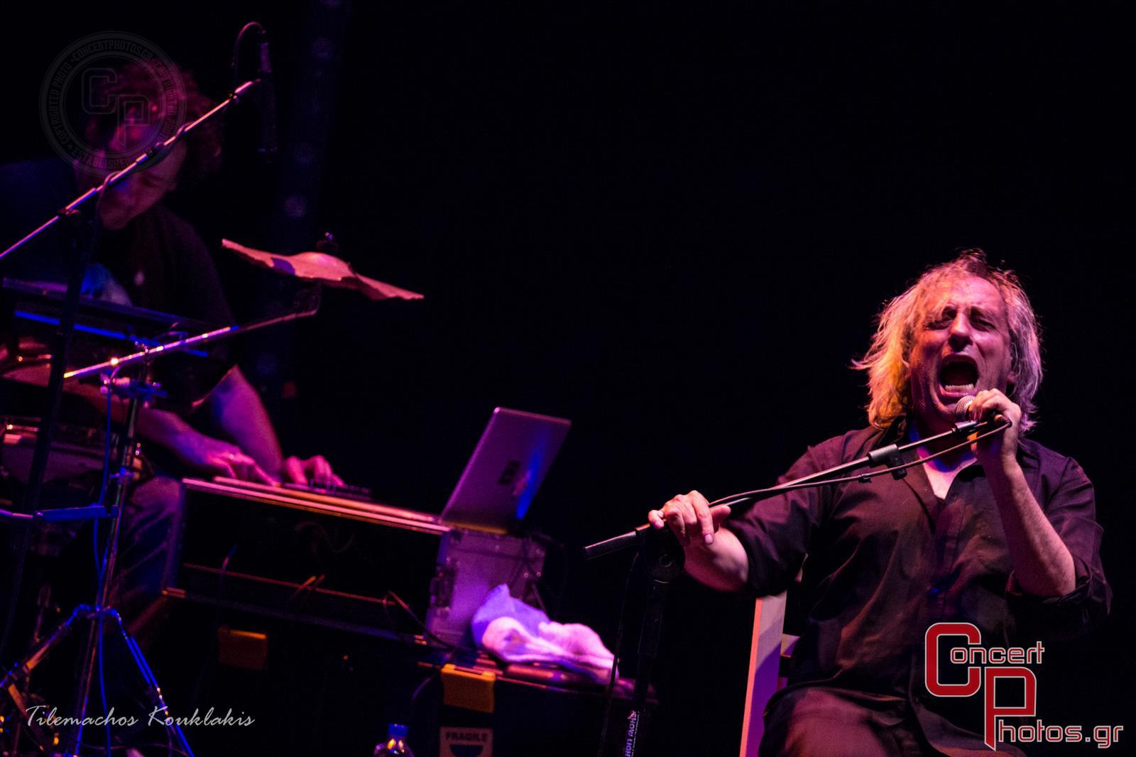 Γιάννης Αγγελάκας - Σύννεφα με Παντελόνια-Aggelakas-2 photographer:  - concertphotos_-1405153149